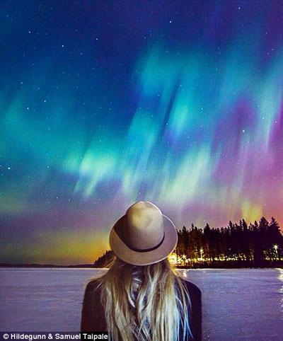 Hildegunn Taipale watching a Aurora