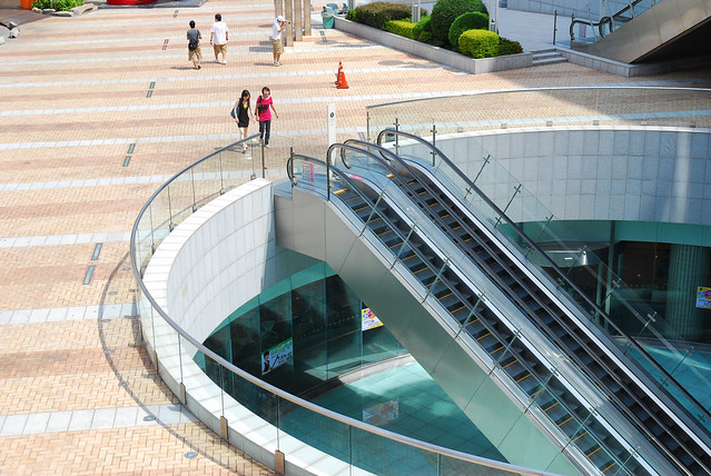 Escalator of Hanshin Arena