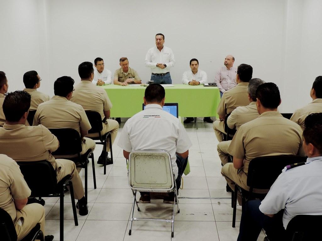 Personal de Marina en instalaciones del SESESP.