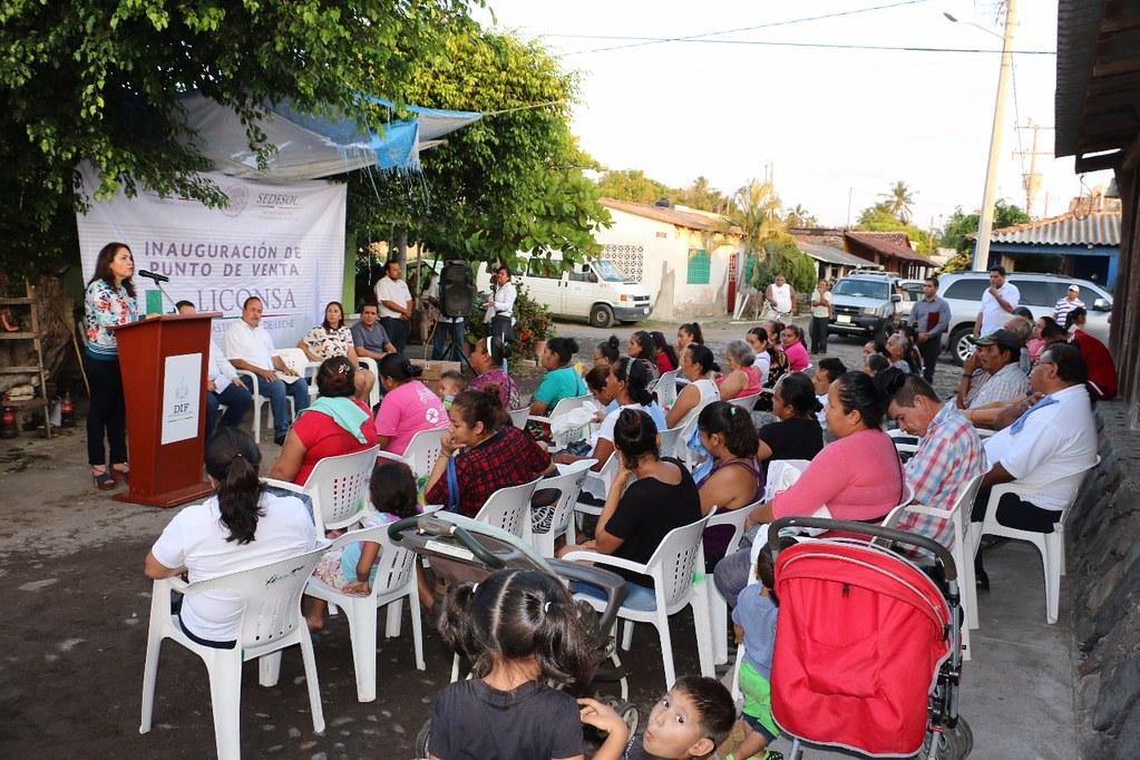 Inauguran punto de venta de leche Liconsa en Cuyutlán