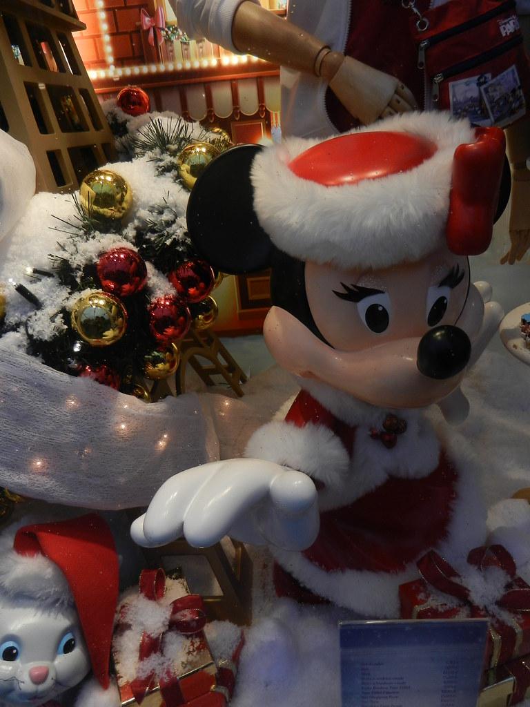 Un séjour pour la Noël à Disneyland et au Royaume d'Arendelle.... - Page 6 13875983654_b29287d393_b