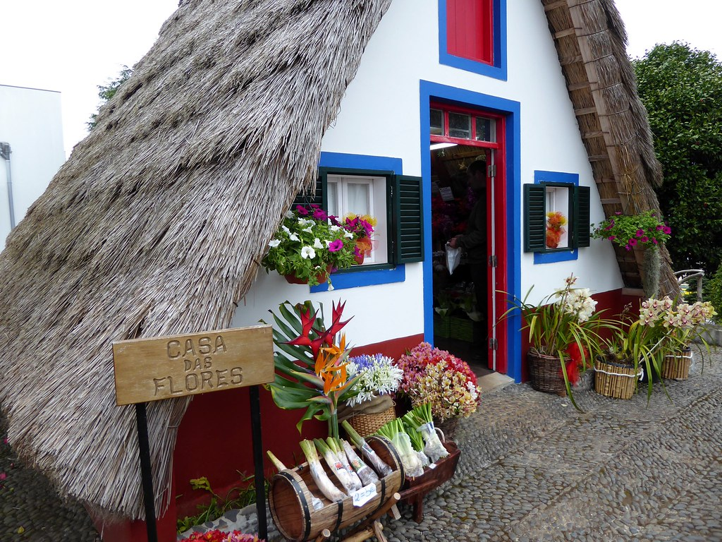 House of Flowers in Santana