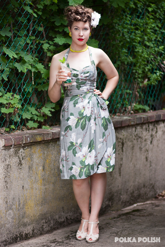 Keeping cool in the shade with a summer drink and a Trashy Diva Lena Sarong in Steel Magnolias print