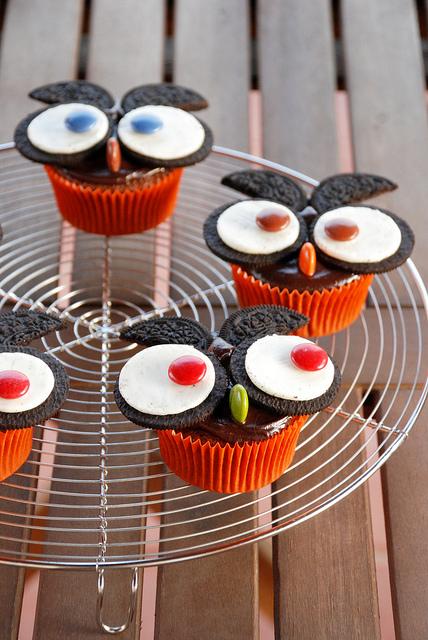 10.5 Bonacroquer-Oreo Owl Cupcakes