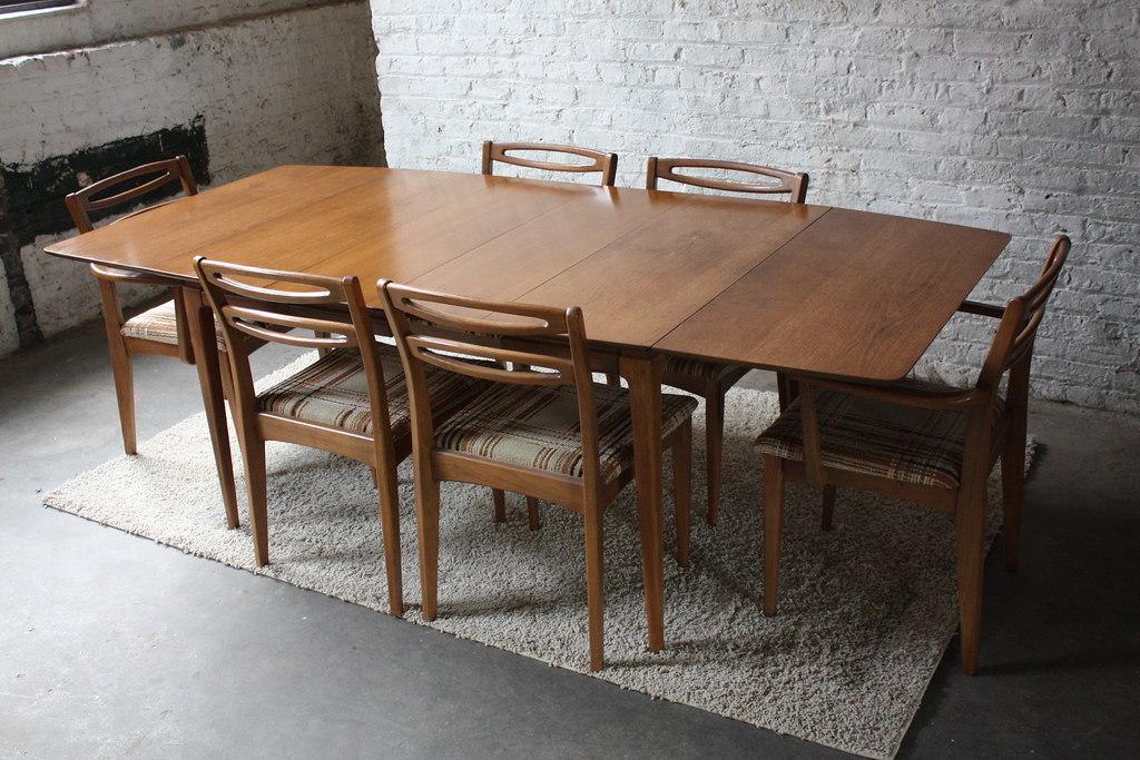 Danish Modern Walnut Dining Able   Vidrian.com ...
