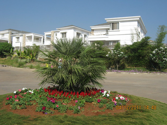 Theme Circle - Visit to Paranjape Schemes' Forest Trails, Bungalows, 2 BHK & 3 BHK Flats at Bhugaon, Pune 411 042