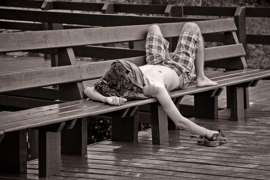 SoulB | Visual | It's hard to relax if you are afraid of someone stealing your sandals | Photo shot at Lagoa Rodrigo de Freitas, Rio de Janeiro, Brazil