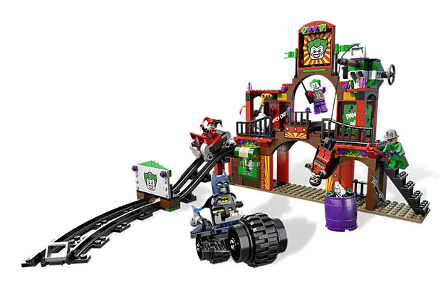 LEGO Super Heroes 6857 - The Dynamic Duo Funhouse Escape