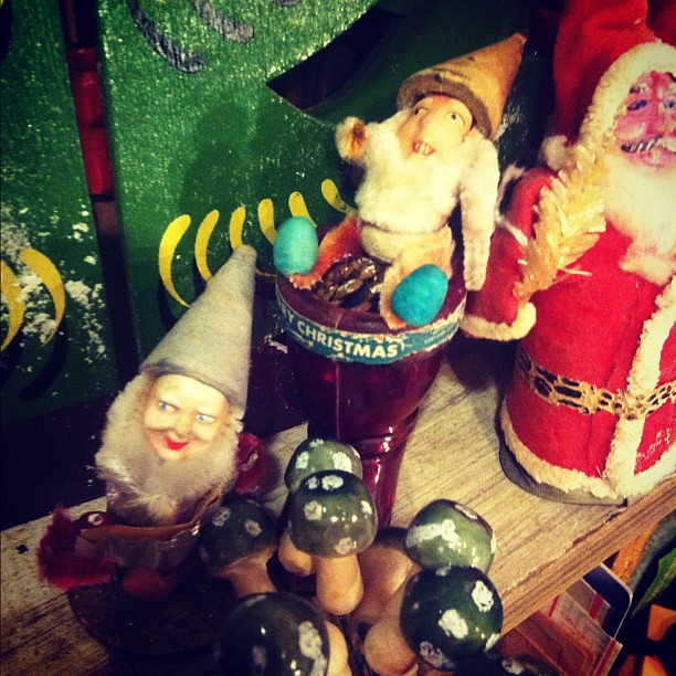 Evil gnomes + eldritch elves + poisonous mushrooms = HEXMAS!