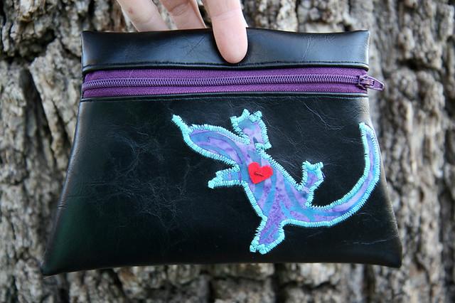 lizard pouch