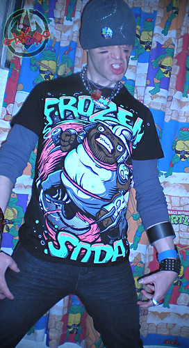 "FROZEN SODA 'LIMITED EDITION' :: ""Uncle Shredder"" tee { 26 of 50 } vii (( 2011 ))"