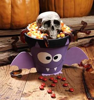 Halloween Baty Treat Pot