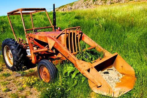 Gamall traktor