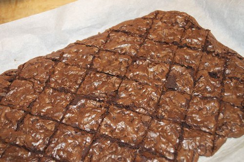 double chocolate brownie crisps 16
