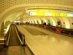 Abu Dhabi airport-01