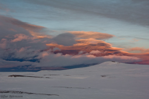 light sunset orange white snow ice clouds sunrise 35mm canon landscape eos iceland f14 60d rokinon