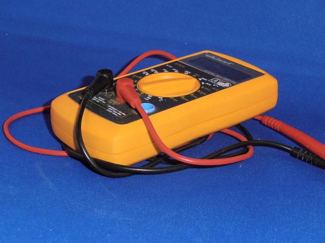 What Should Multimetr Read Car Battery