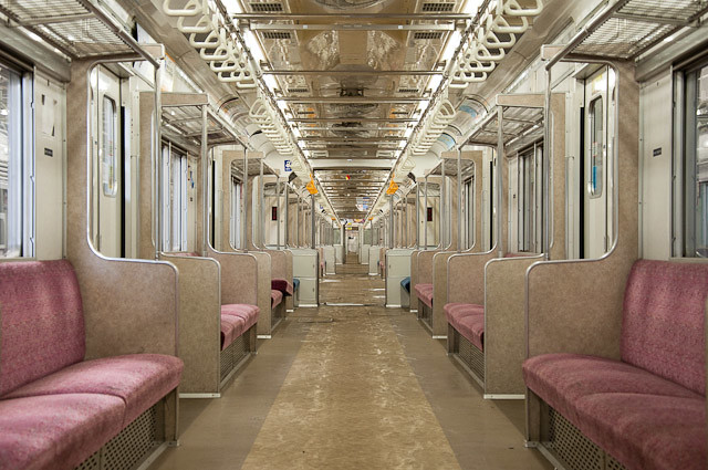 東京メトロ千代田線6000系 6106Fメトロ千代田線6000系 6106F 車内