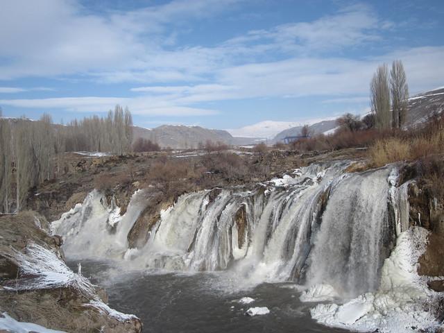 Muradiye Waterfall, near Van, eastern Turkey