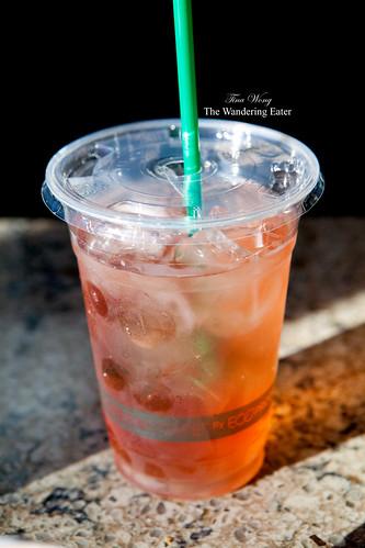Peach iced tea to go
