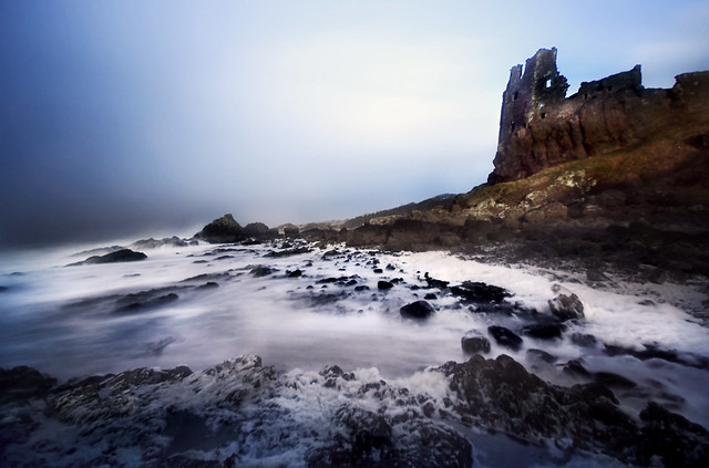 Dunure waves