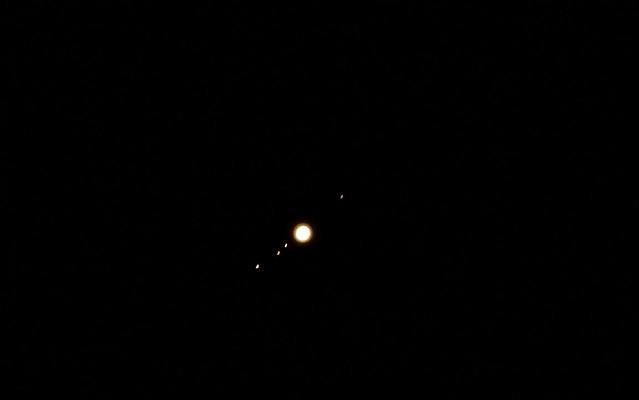 jupiter and moons through telescope - photo #38