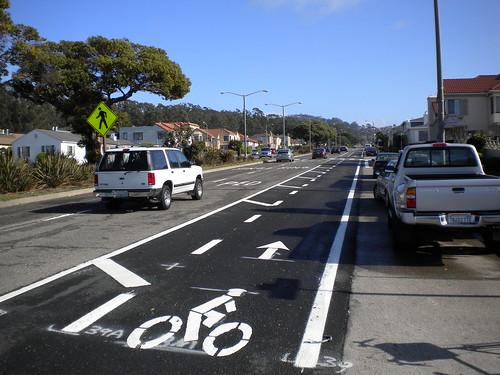 Sloat Boulevard / CA Hwy 35 bike lanes
