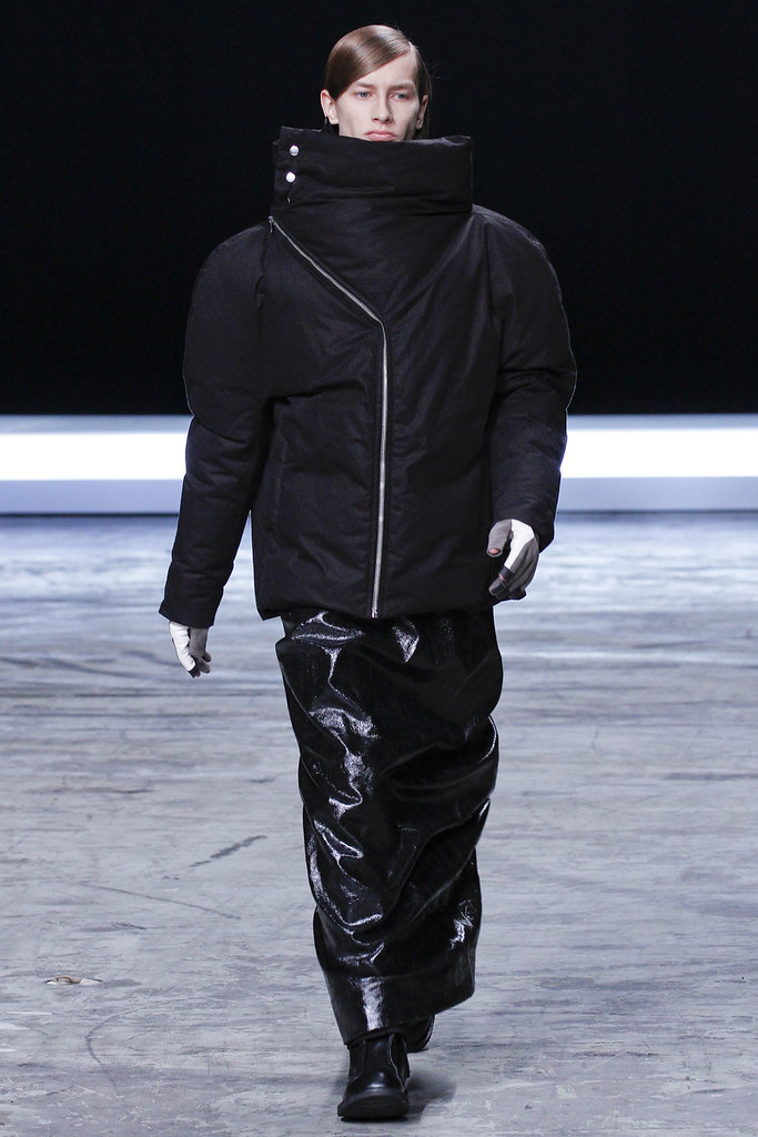 FW12 Paris Rick Owens037(VOGUE)