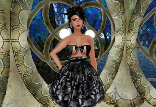 Gizza - Concert Hunt Dress by Cherokeeh Asteria