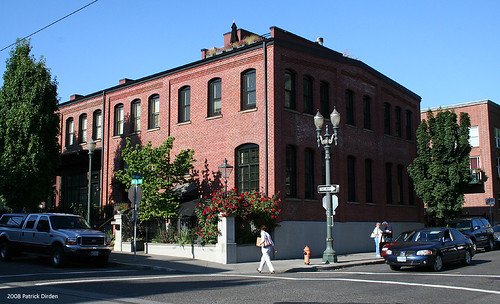 adaptive reuse of older building in the Pearl District, Portland (by: Patrick Dirden, creative commons license)