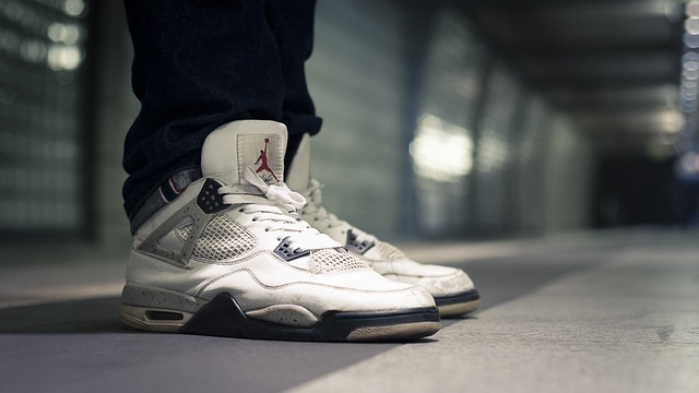 Nike Air Jordan IV Cement '99