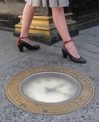 Rebecca Shaykin, Sidewalk Clock, 2011. © Rebecca Shaykin.