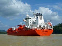 vehicle, chemical tanker, transport, ship, sea, ocean, reefer ship, channel, cargo ship, watercraft,