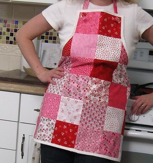 The Knotty Little Apron