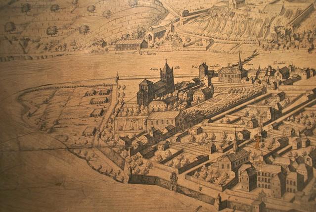 Vue sur le confluent au sud de l'église d'Ainay à Lyon.