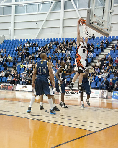 Chas Kok lays the ball up vs Brandon (vertical Nov 25, 2011 George Wycherley)