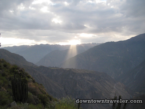 hiking colca canyon peru 26