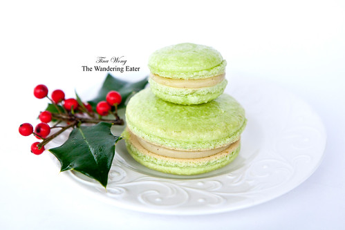 My homemade pistachio macarons: Big and small sizes