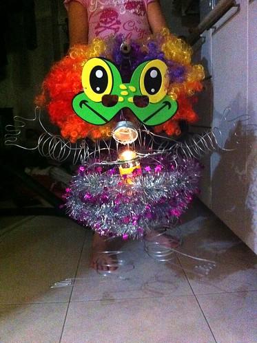 wire art lantern - 3