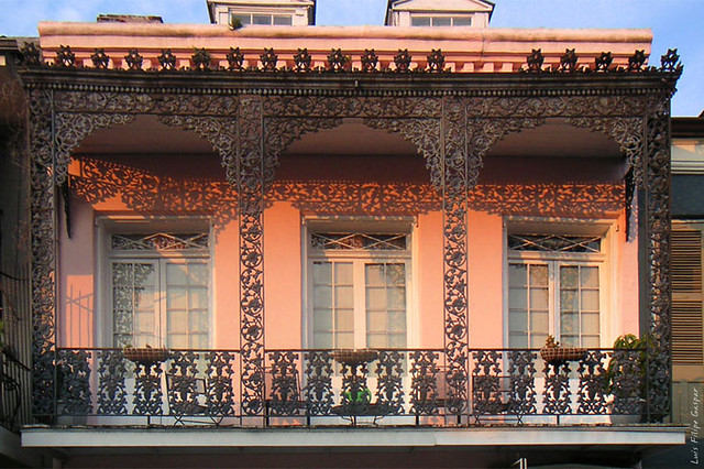 French quarter balcony in new orleans la united states for French quarter balcony