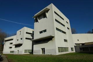 Alvaro Siza - FAUP School of Architecture 21.jpg
