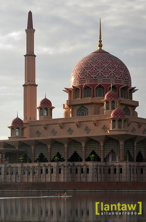 Putra Mosque and Early Rowers