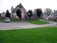 Séchelles - église fortifiée 1
