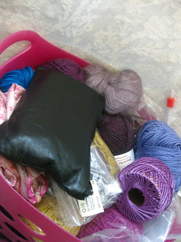 Sewing Machine Corner: Yarn Basket