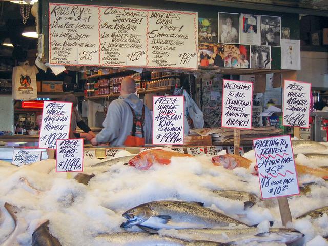 Pike place fish market aka flying fish market seattle for Washington fish market