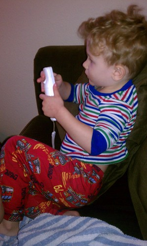 Isaac playing New Super Mario by jbellis