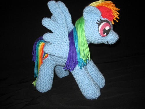 RainbowDashSlightRight