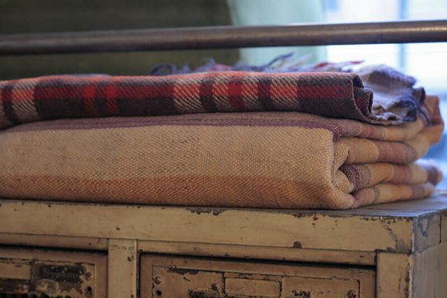 holler & squall: blanket