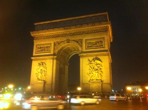 Arc de Triomphe by currtdawg