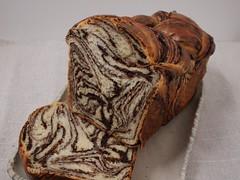 水, 2012-01-04 19:46 - チョコレートのマーブル食パン